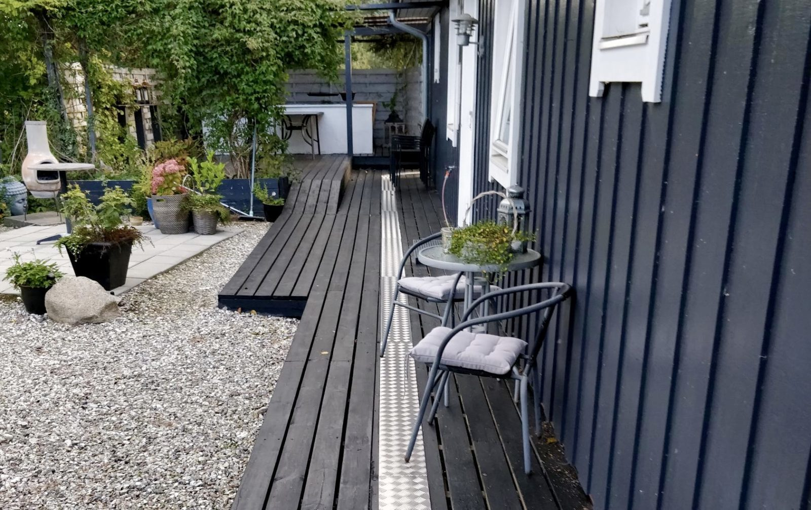 Tørslev Hage, Dänemark – mit einer Aluminiumoberfläche